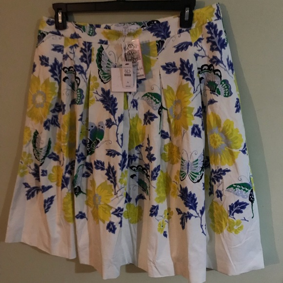 Talbots Dresses & Skirts - RSVP Talbot's Soft Pleat Floral & Butterfly Skirt